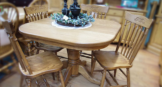 Country Table Set